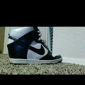 Shoes - Nike high top wedges